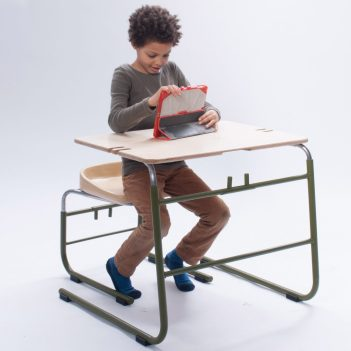 royal-danish-academy-of-fine-arts-kids-furniture_dezeen_2364_col_3-1704x1704