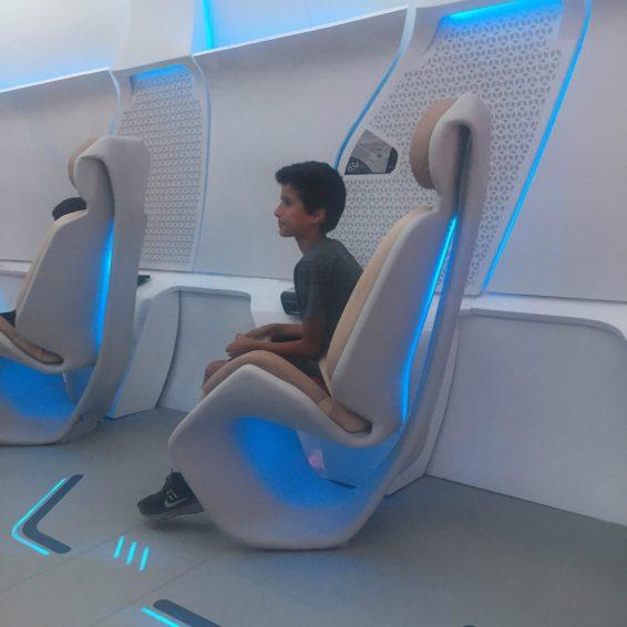 virgin-hyperloop-pod-prototype-design_dezeen_2364_col_1-1704x1704