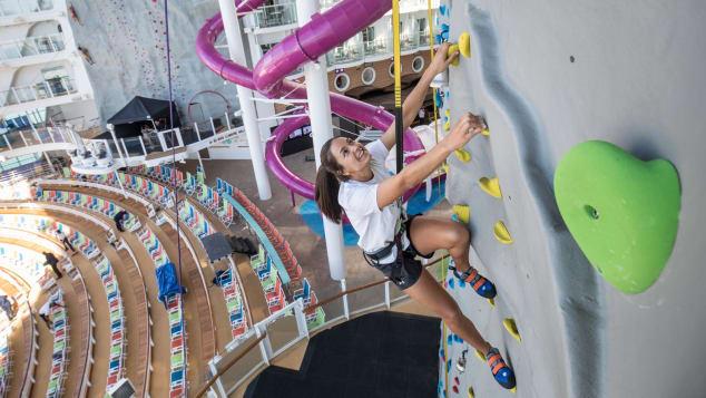 http_cdn.cnn.comcnnnextdamassets180411105947-symphony-of-the-seas---climbing-rockwall
