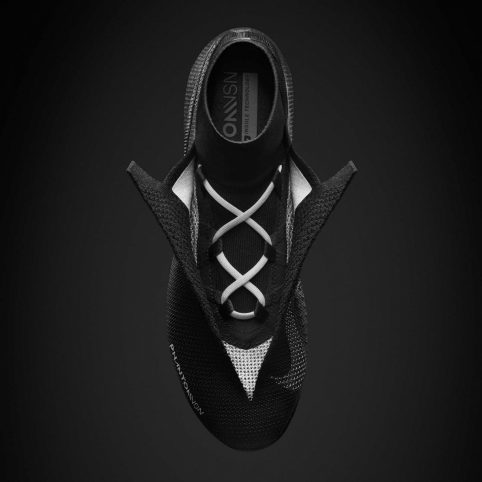 nike-phantom-football-boot-design_dezeen_2364_col_3-1704x1704