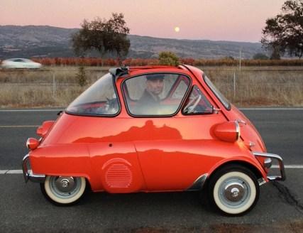 1956-BMW-isetta-300-bubble-car-m3