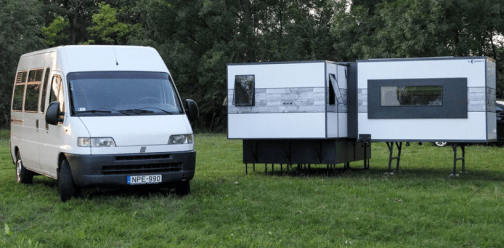 iocamper-transportable-folding-apartment-designboom-4