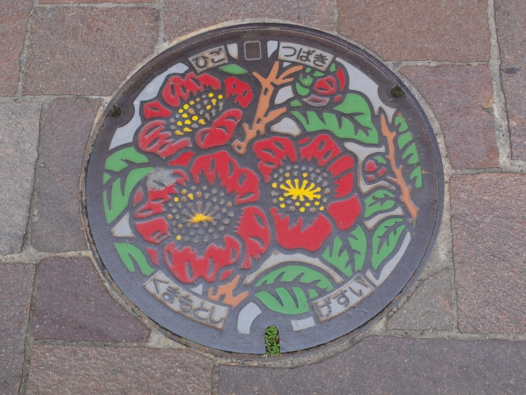 japanese-manhole-cover-art-1