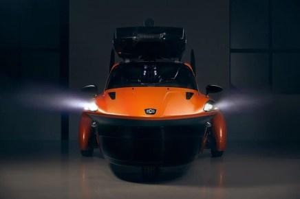 pal-v-pioneer-flying-car-23