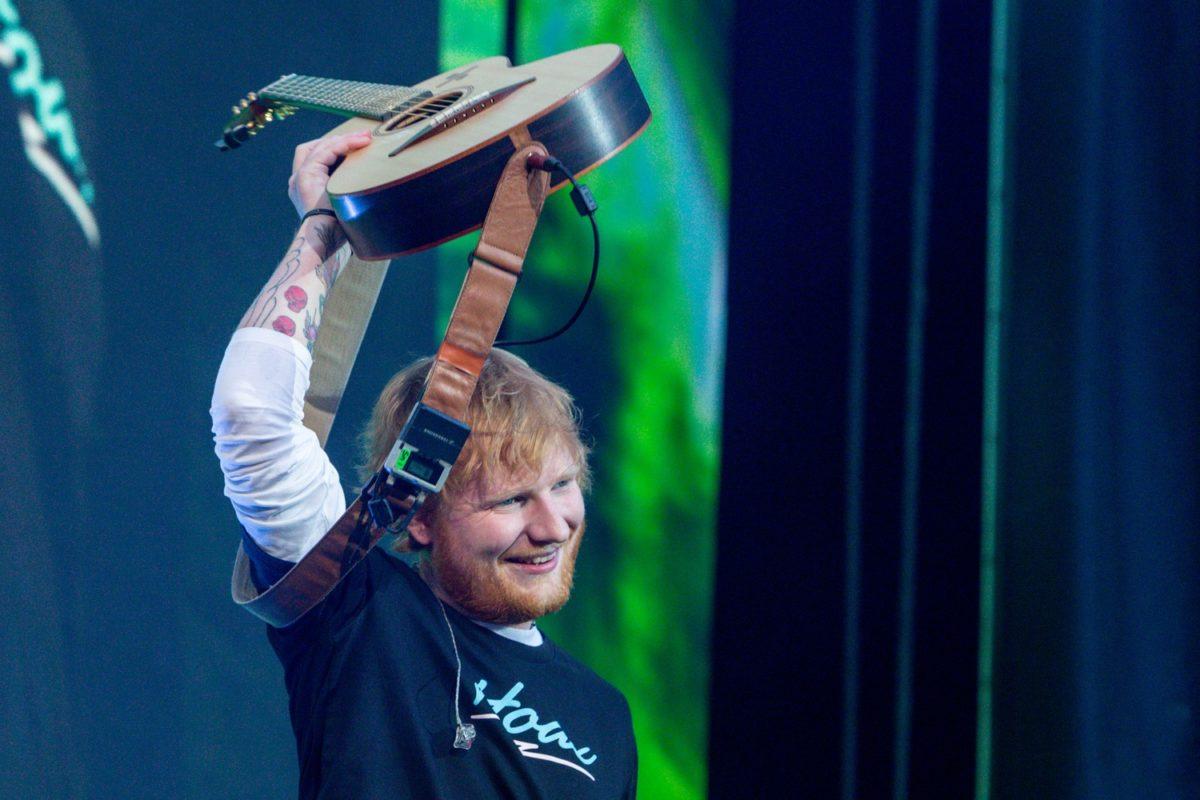 Ed Sheeran'ın turnesi U2'nun rekorunu kıracak