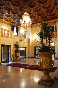 Madison Pastrick | Staff Writer A lobby in the Omni William Penn Hotel.