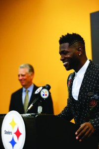 Pittsburgh Steelers wide receiver Antonio Brown, right, and Steelers President Art Rooney II, during a news conference about Brown's contract extension at the headquarters of the NFL football team, Tuesday, Feb. 28, 2017, in Pittsburgh. (AP Photo/Keith Srakocic)