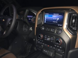 Dash and console in the 2020 Chevy Silverado 2500 duramax diesel