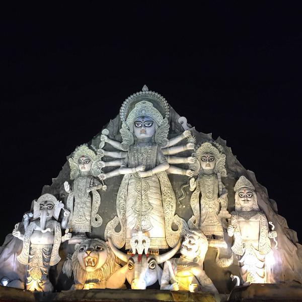 World's Largest Durga Idol 88ft high & 80ft