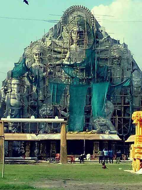 worlds largest durga idol