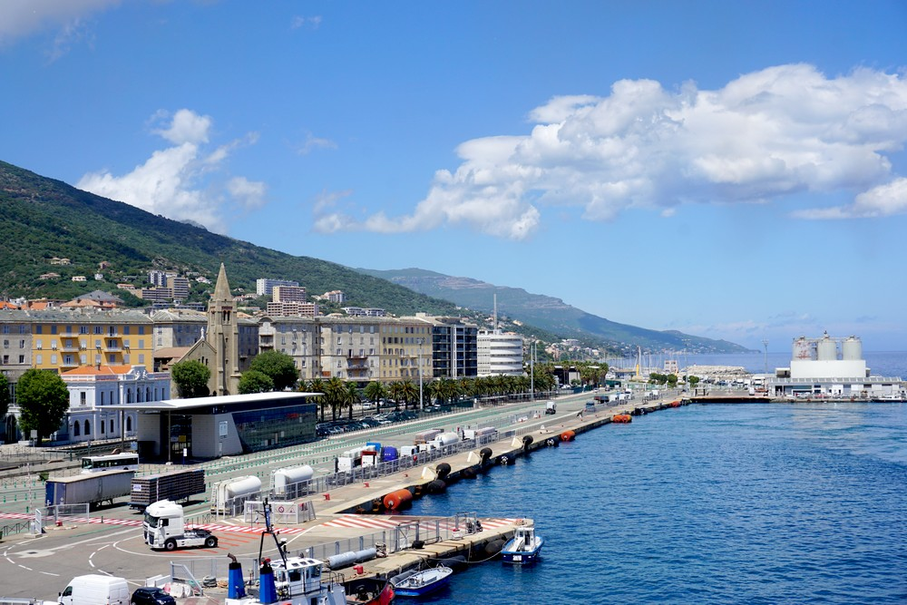 BASTIA LIVOURNE VOYAGE ITALIE ROAD TRIP TOSCANE BLOG COUPLE 04