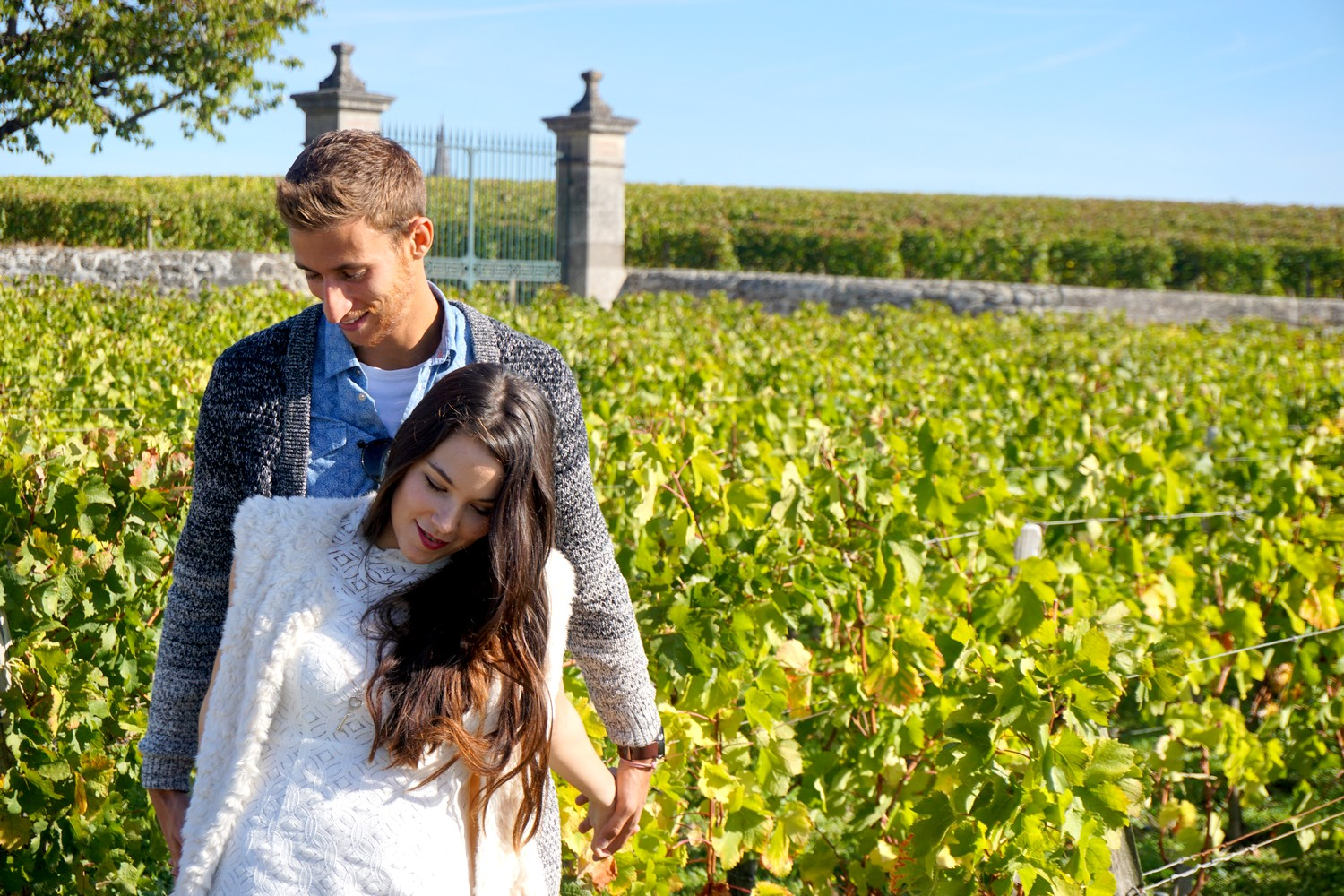 1-an-du-blog-en-couple-bordeaux-corse-blog-voyage-lifestyle-mode-look-shooting-photo-couple-vigne-06