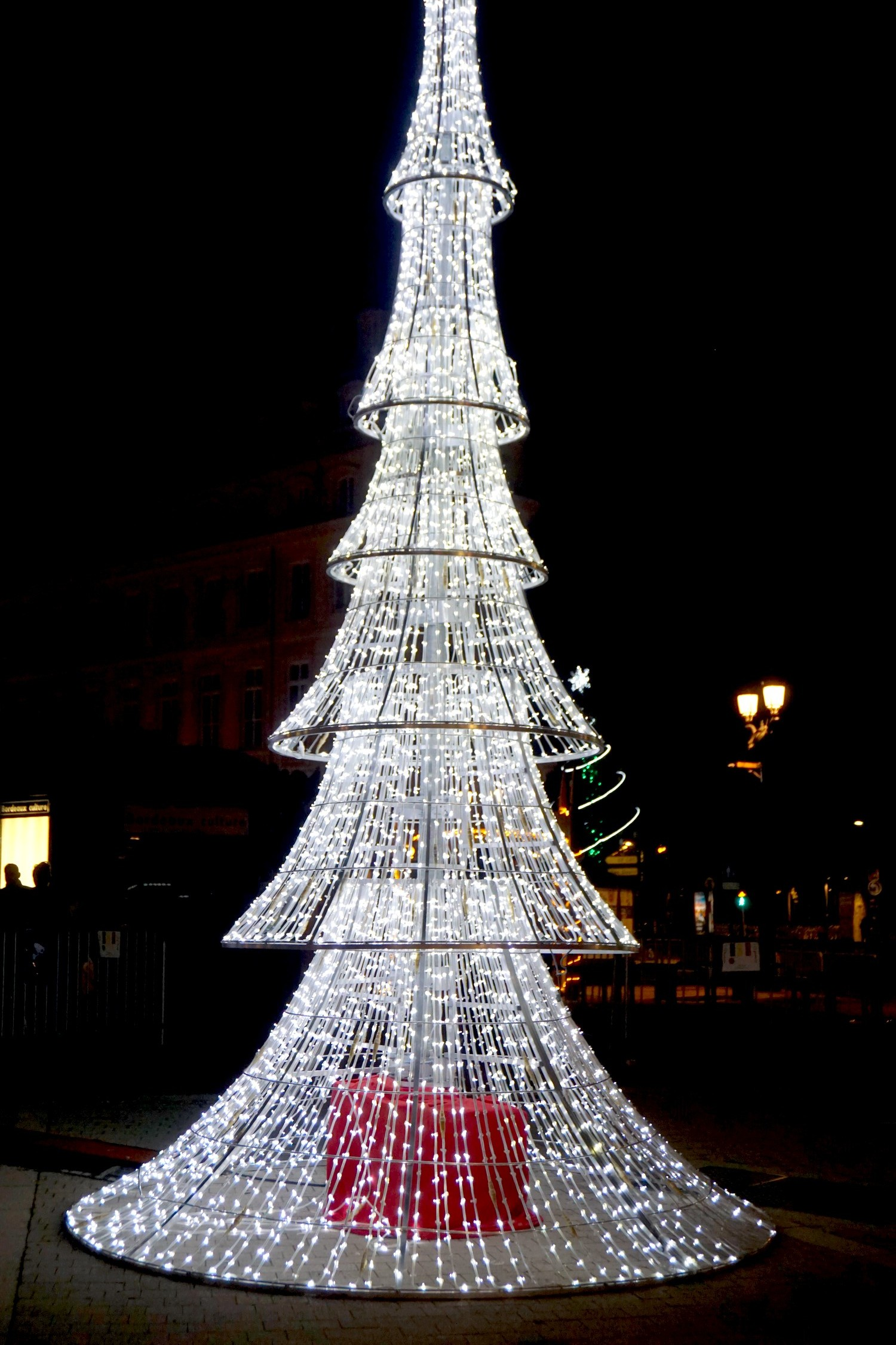 marche-de-noel-bordeaux-tourny-blog-couple-aquitaine-decorations-chalet-exposants-12