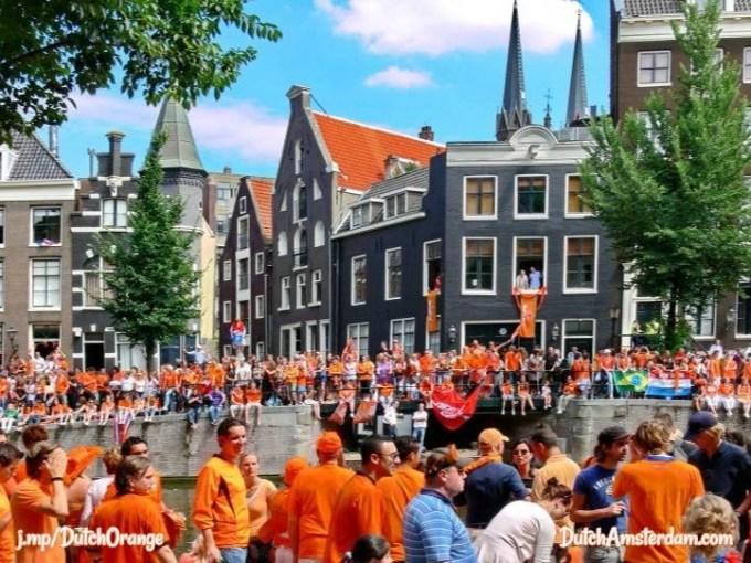 Why the Dutch wear orange | DutchAmsterdam.com