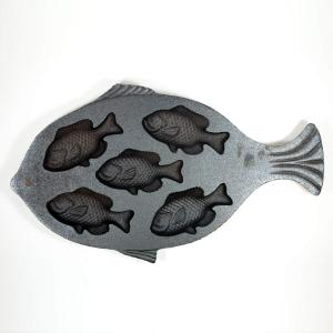 CAST IRON FISH CORN BREAD PAN