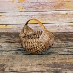 6 inch Melon Egg Basket Brown