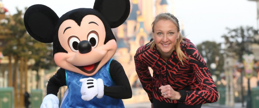 Paula Radcliffe met Mickey Mouse