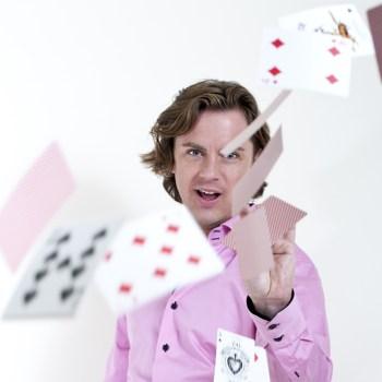 Met een workshop goochelen van goochelaar Martijn Martell is het altijd een feest