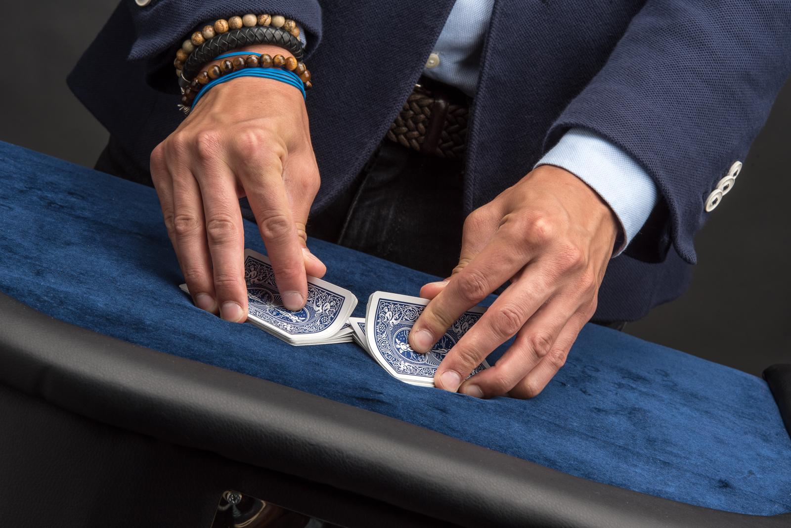 table-magic door goochelaar dave van gulik
