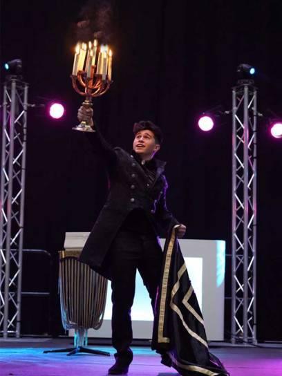 goochelaar & illusionist Afredo Lorenzo