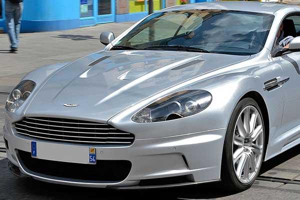 Aston Martin DBS V12 - Casino Royale