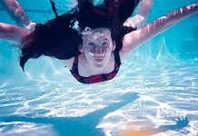 Mooiste zwembad van Nederland is het Tikibad in Wassenaar