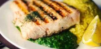Van vis eten word je intelligenter zegt onderzoek