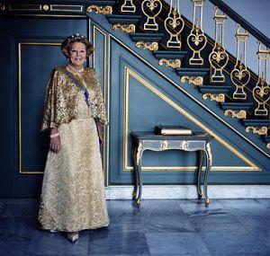 Anton Corbijn - Staatsieportret H.M. de Koningin, 2008