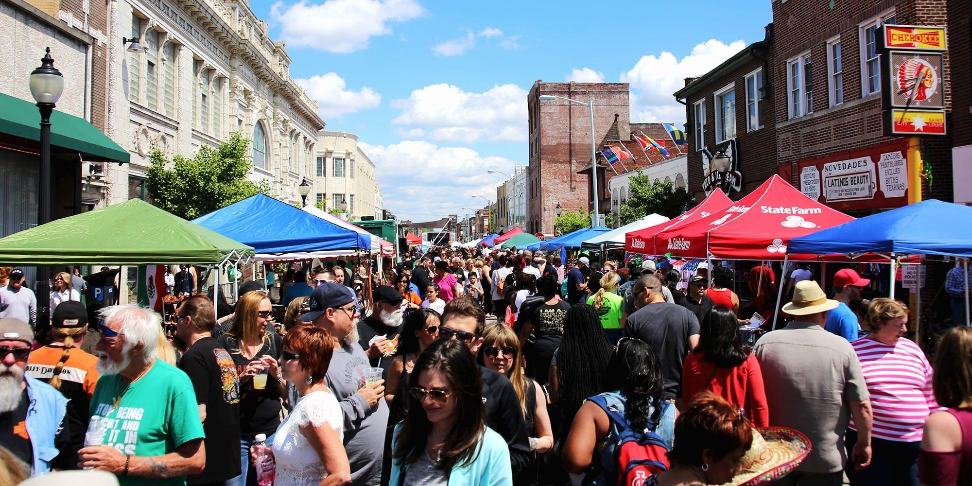Cinco de Mayo on Cherokee Street. Photo by Paul Sableman.