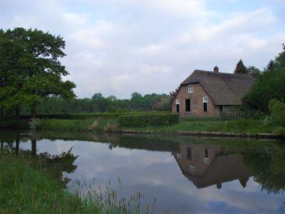 Bunnik - boerderij aan het water