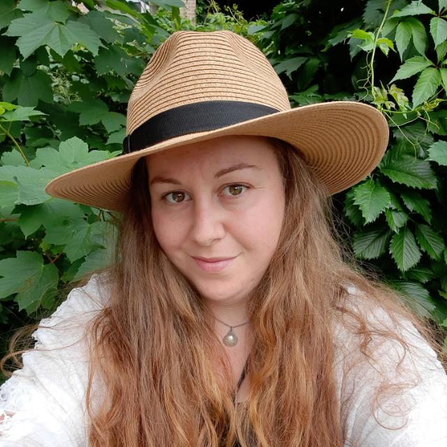 DutchWayfarer - Lindsey van den Heuvel