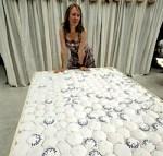 Slapen op speltkaf, de droom van Leonie Naessens