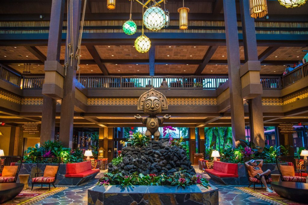 A wood carving welcomes guests at Disney's Polynesian Lobby