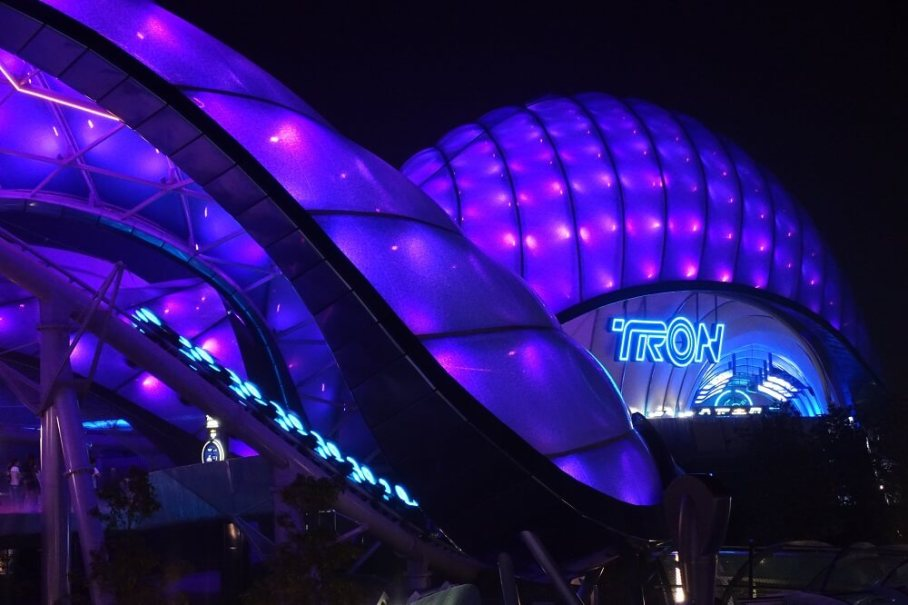 Disney's Tron Lightcycle Power Run