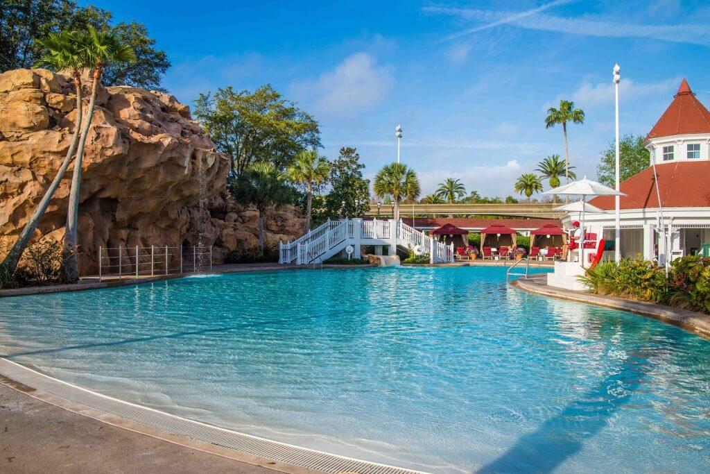 villas-pool