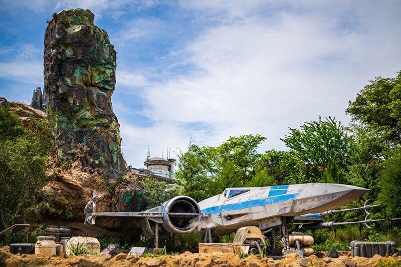 star wars land hollywood studios galaxy's edge disney world blue x-wing fighter