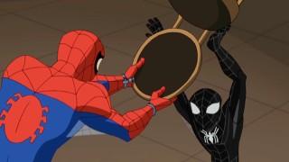 Vermelho e azul do Homem-Aranha assume o Homem-Aranha preta. Qual é o verdadeiro? A resposta está nos pulsos.