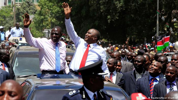 Ruto and Kenyatta wave to crowds