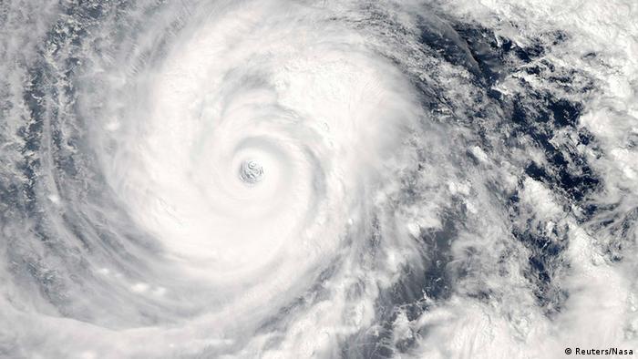 Taifun Phanfone 10.10.2014