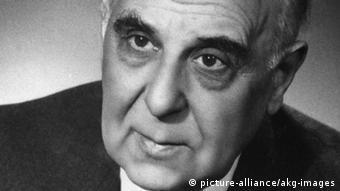 Στην Ελλάδα ο Χένρι Μίλλερ γνώρισε τον ποιητή Γιώργο Σεφέρη