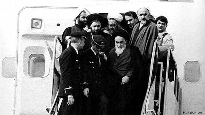 Am 1.2.1979 kehrt Ayatollah Khomeini aus dem Exil in den Iran zurück (Foto: akairan.com)