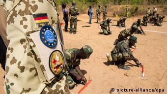 EUTM Bundeswehr europäische Trainingsmission Ausbildung Mali Armee (picture-alliance/dpa)