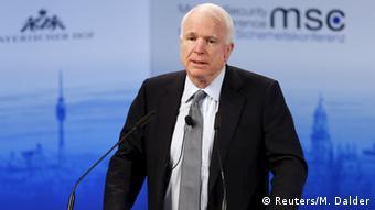 München Sicherheitskonferenz - John McCain (Reuters/M. Dalder)