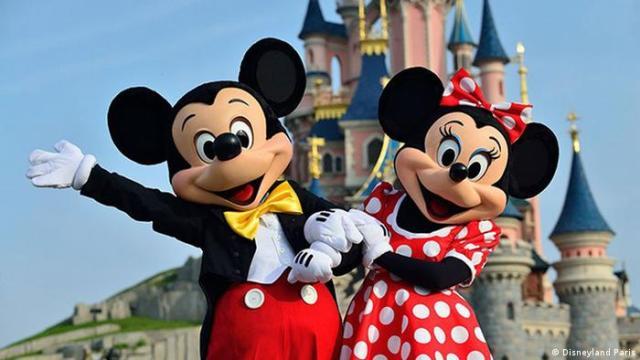 Micky and Minnie Mouse in Disneyland Paris (Disneyland Paris)