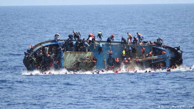 On October 27, 2016, nearly 100 people were reported missing a day after a boat carrying illegal immigrants sank off the Libyan coast. On November 11, international humanitarian groups reported that some 250 people were missing and feared to have died of drowning. After a new ship crashed on average. On 17 November, in about 48 hours, four ships crashed, causing the sinking of 340 migrants.