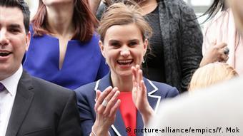Großbritannien Labour-Politikerin Jo Cox (picture-alliance/empics/Y. Mok)