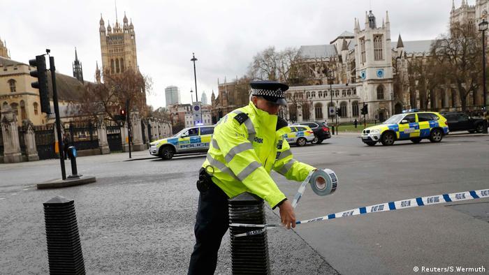 London Polizei Parlament Schüsse (Reuters/S.Wermuth)