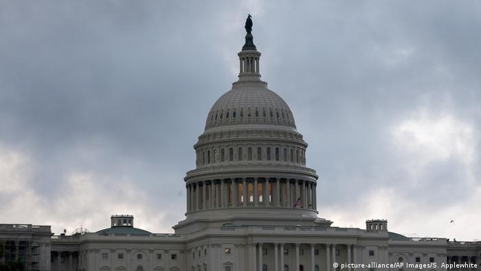 USA Washington - Kapitol (picture-alliance/AP Images/S. Applewhite)