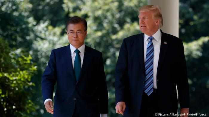 South Korean President Moon Ja-in (left) with US President Donald Trump in Washington
