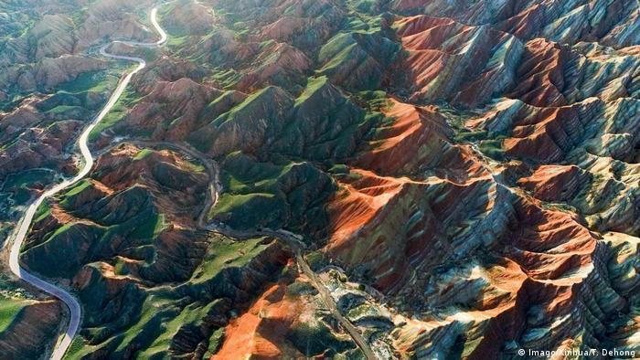 China - Gansu - Danxia National Geological Park (Imago/Xinhua/T. Dehong)